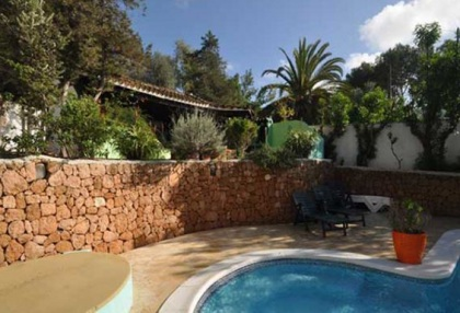 Large detached finca that would be ideal B & B opportunity_3