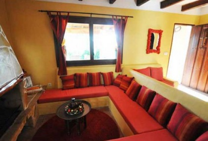 Large detached finca that would be ideal B & B opportunity_5