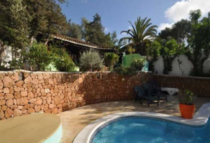 Large detached finca that would be ideal B & B opportunity_7