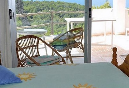 House for sale in Cala Salada with sea views_12