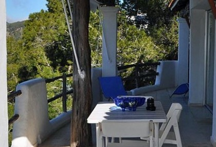 House for sale in Cala Salada with sea views_14