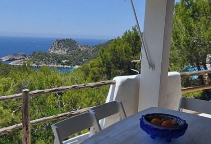 House for sale in Cala Salada with sea views_7