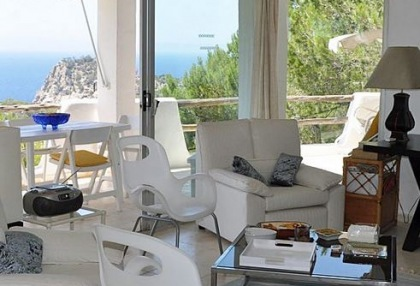 House for sale in Cala Salada with sea views_8