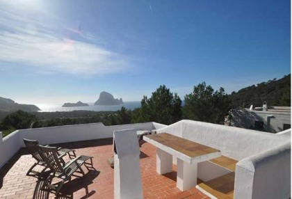 Townhouse with sea views for sale in San Jose, Ibiza_1