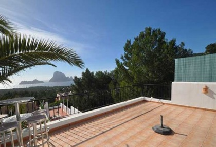 Townhouse with sea views for sale in San Jose, Ibiza_8