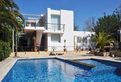 Modern 4 bedroom villa for sale Jesus Ibiza with views to Dalt Vila 2