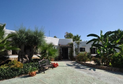 Traditional 5 bedroom Ibicencan villa for sale San Jose Ibiza 8
