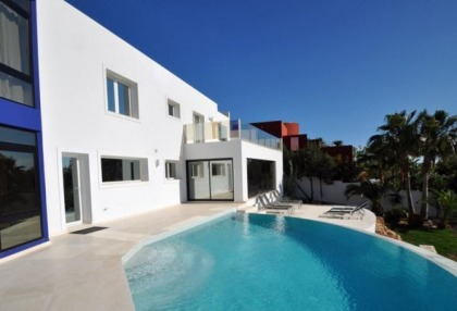 Modern villa in Cala Conta with sea and sunset views_2