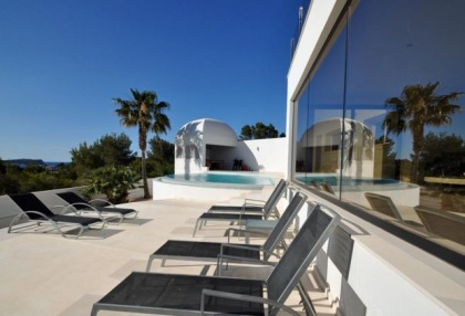 Modern villa in Cala Conta with sea and sunset views_5