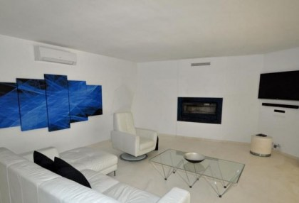 Modern villa in Cala Conta with sea and sunset views_6