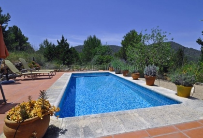 Ibizan detached villa for sale in San Jose with stone tower_16