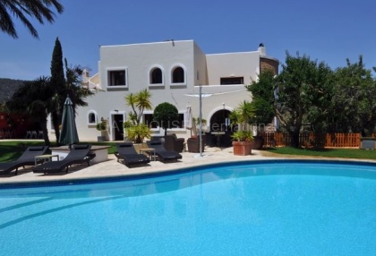 Ibizan detached villa for sale in San Jose with stone tower_22