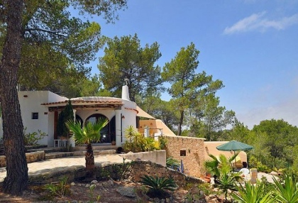 Villa for sale with guest apartment San Jose Ibiza 2
