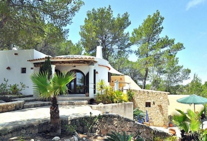 Villa for sale with guest apartment San Jose Ibiza 3