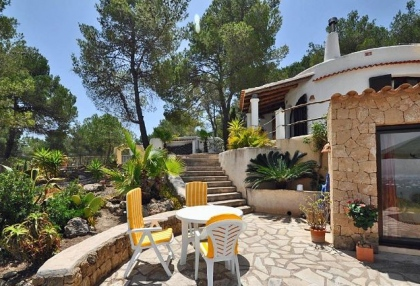 Villa for sale with guest apartment San Jose Ibiza 5
