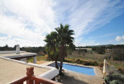 Finca for sale in Santa Eularia with potential to extend_1.JPG
