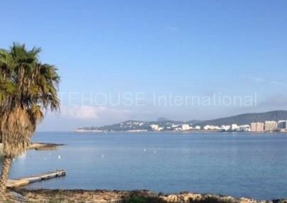 Two bedroom apartment for sale in San Antonio bay_s