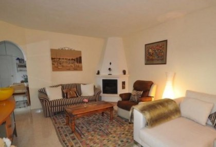 Two bedroom maisonette for sale in San Jose with country views_2