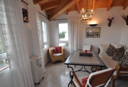 Two bedroom maisonette for sale in San Jose with country views_9