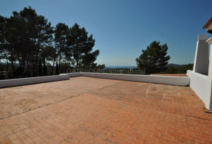 Traditional home on large rural plot in San Agustin_13