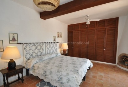 Traditional home on large rural plot in San Agustin_14