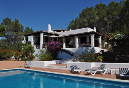 Traditional home on large rural plot in San Agustin_6