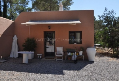 Traditional home on large rural plot in San Agustin_8