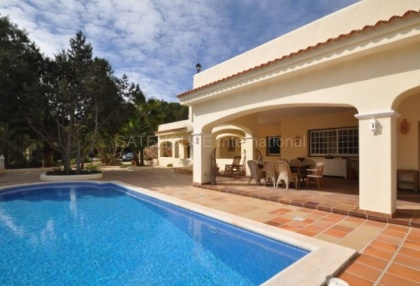 Traditional villa for sale with touristic license in sant Josep de sa Talia_1