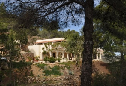 Traditional villa for sale with touristic license in sant Josep de sa Talia_16