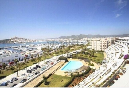 Frontline apartment for sale in Marina Botafoch, Ibiza_3