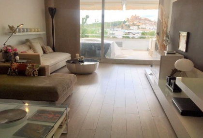 Frontline apartment for sale in Marina Botafoch, Ibiza_9