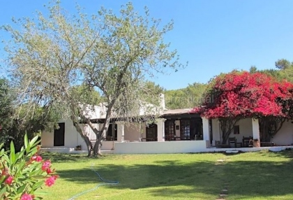 Traditional finca for sale in Santa Eularia_1
