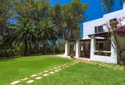 Rustic finca for sale in Santa Gertrudis_1