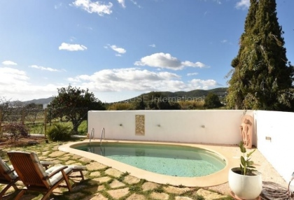 Eco friendly country house for sale in Santa Eularia_2