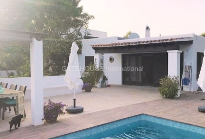Country villa with guest accommodation close to Santa Eularia_2