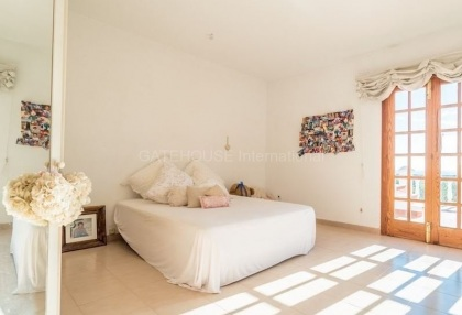Large detached villa for sale in San Carlos_14