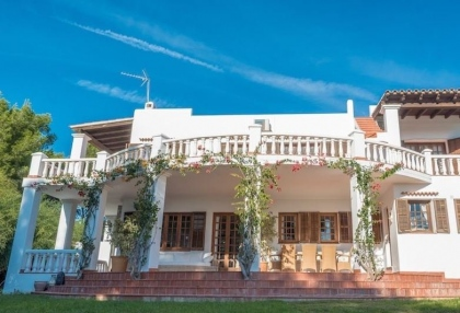 Large detached villa for sale in San Carlos_4