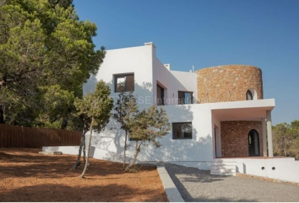 Property for sale in Cala Tarida_3