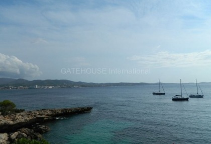 First line apartment for sale in Cala Gracio_12