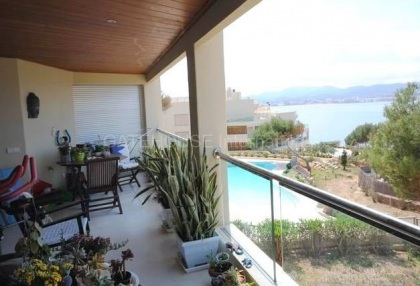 First line apartment for sale in Cala Gracio_2