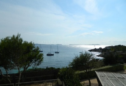 First line apartment for sale in Cala Gracio_7