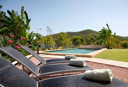 Recently renovated finca for sale in Benimussa with coutryside views_15