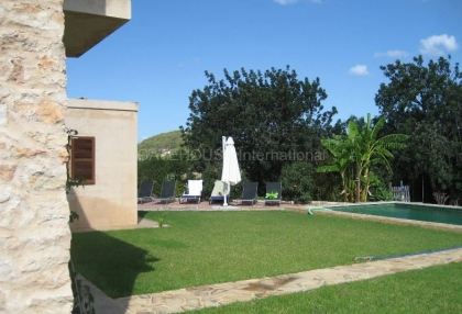Recently renovated finca for sale in Benimussa with coutryside views_3