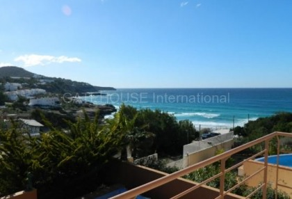 Sea view villa for sale in Cala Tarida_1
