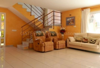 Sea view villa for sale in Cala Tarida_3