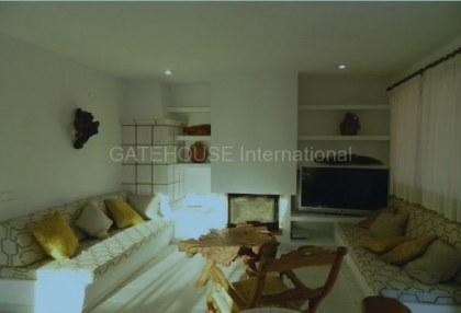 Luxury home with guest accommodation in Es Cubells_2