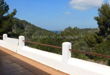 Sea view villa overlooking Cala Moli beach_11