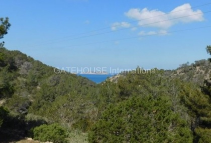 Sea view villa overlooking Cala Moli beach_2