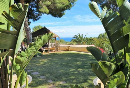 Development of 5 bungalows for sale in Porroig_1