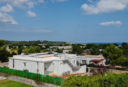 Modern villa with sea views for sale in Port des Torrent_3